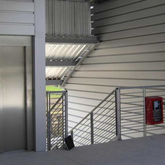 http://progecostrutture.com/wp-content/uploads/2016/07/Immagine-ascensore-2-540x540.png