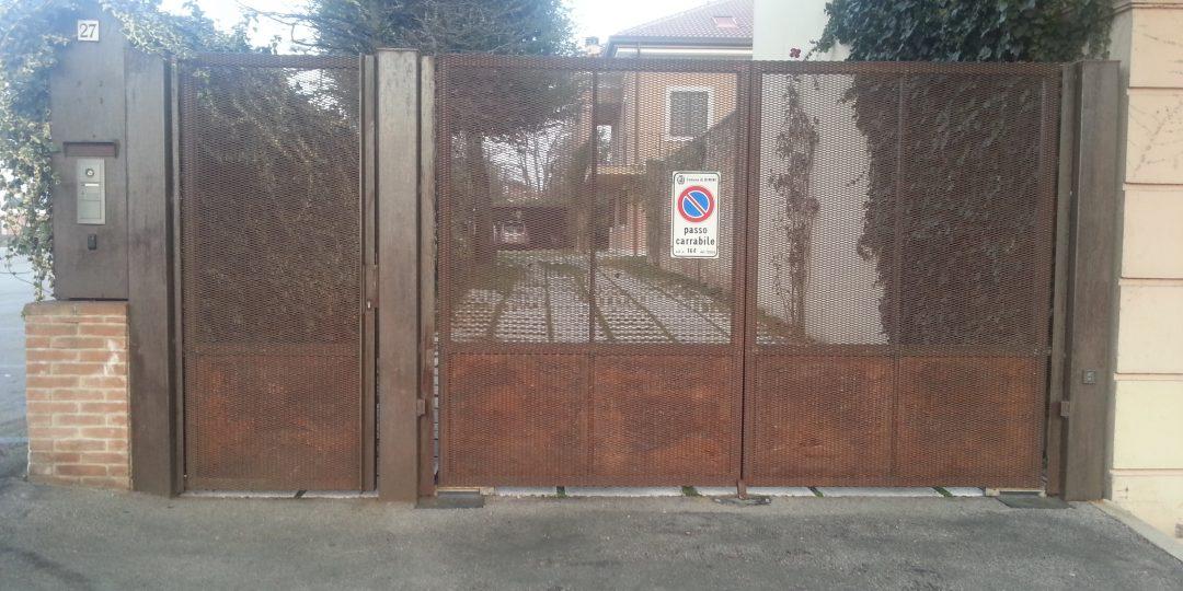 https://www.progecostrutture.com/wp-content/uploads/2016/07/cancello_carrabile_a_due_ante_più_cancello_pedonale_forlì84823-1080x540.jpg
