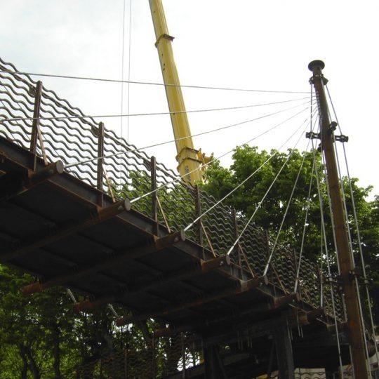 http://progecostrutture.com/wp-content/uploads/2016/07/ponte_corten_san_marino_273474-540x540.jpg