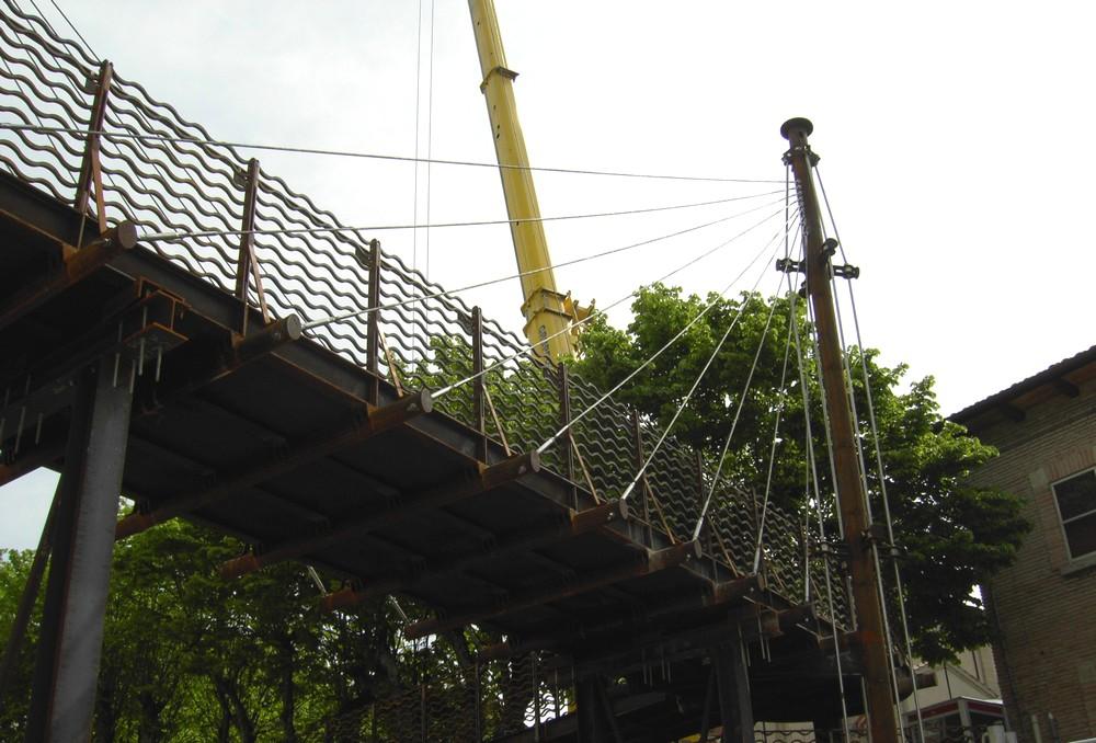 http://progecostrutture.com/wp-content/uploads/2016/07/ponte_corten_san_marino_273474.jpg