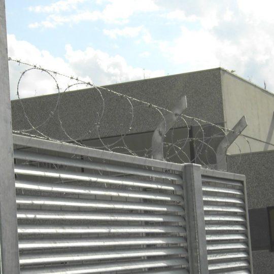 https://www.progecostrutture.com/wp-content/uploads/2016/07/recinzione_acciaio_di_sicurezza_antintrusione_san_marino_242353-540x540.jpg