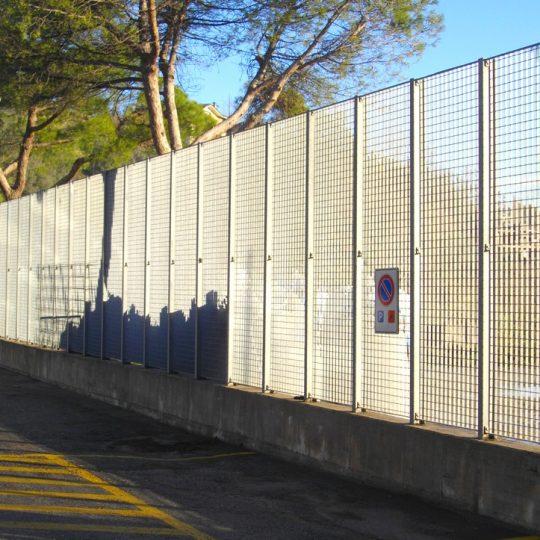 http://progecostrutture.com/wp-content/uploads/2016/07/recinzioni_di_sicurezza_san_marino50388-540x540.jpg