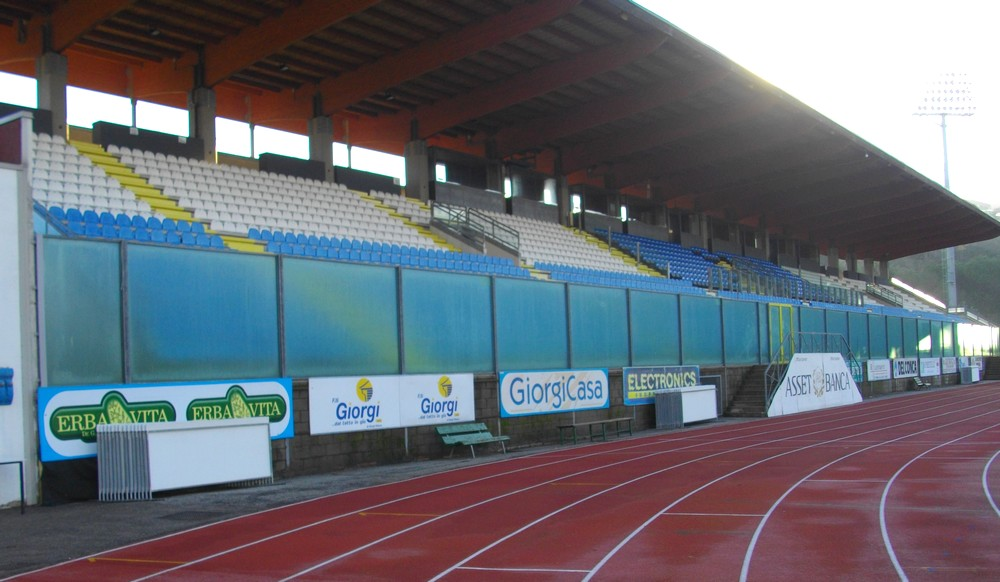http://progecostrutture.com/wp-content/uploads/2016/07/recinzioni_sportive_san_marino60710.jpg