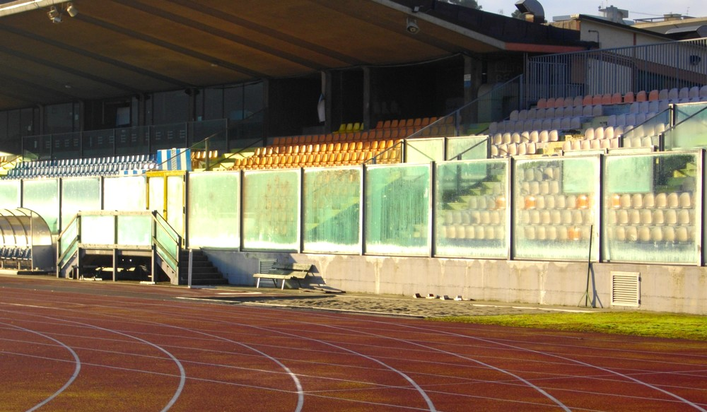 http://progecostrutture.com/wp-content/uploads/2016/07/recinzioni_sportive_san_marino_345652.jpg