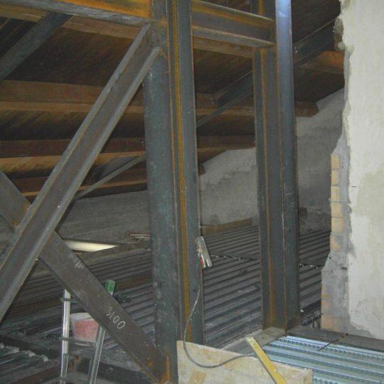 http://progecostrutture.com/wp-content/uploads/2016/07/struttura_matalliche_per-recupero_edilizio_in_acciaio_san_marino_130248-540x540.jpg