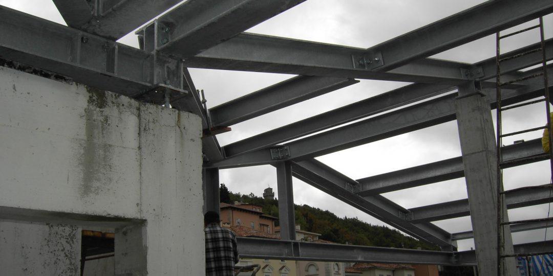 http://progecostrutture.com/wp-content/uploads/2016/07/struttura_matalliche_per-recupero_edilizio_in_acciaio_san_marino_298014-1080x540.jpg
