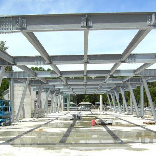 http://progecostrutture.com/wp-content/uploads/2016/07/struttura_metallica_commerciale_in_acciaio_pesaro89662-540x540.jpg