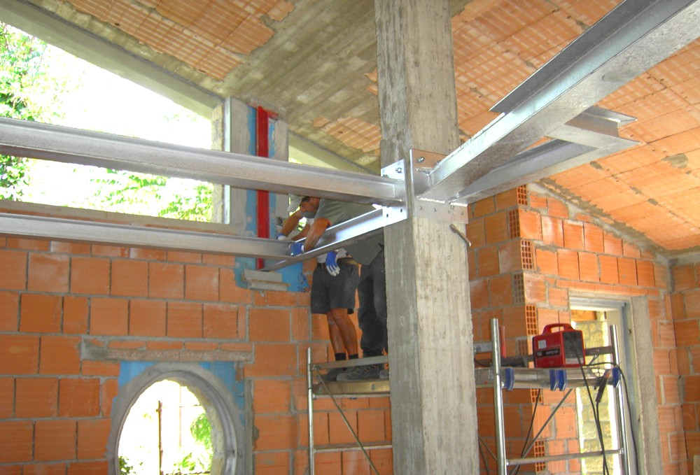 http://progecostrutture.com/wp-content/uploads/2016/07/struttura_metalliche_in_acciaio_consolidamento_san_marino_136807.jpg