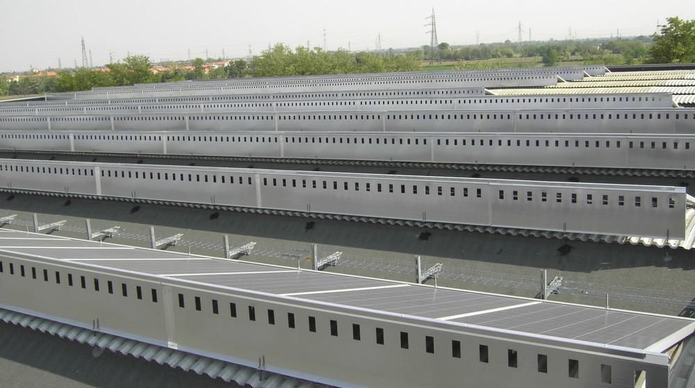 http://progecostrutture.com/wp-content/uploads/2016/07/struttura_per_impianto_fotovoltaico_in_alluminio40451.jpg