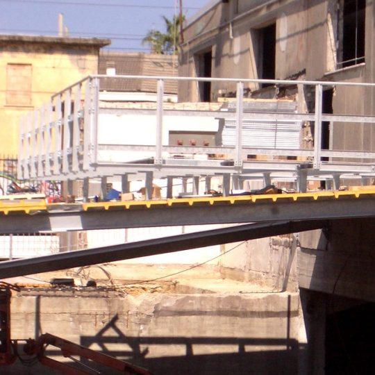 http://progecostrutture.com/wp-content/uploads/2016/07/strutture_prefabbricate_industriali_in_acciaio_zincato_per_il_sotegno_di_macchine_uta_silvi_marina-pescara64348-540x540.jpg