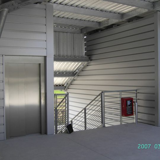 http://progecostrutture.com/wp-content/uploads/2016/07/vano_ascensore_2-540x540.jpg