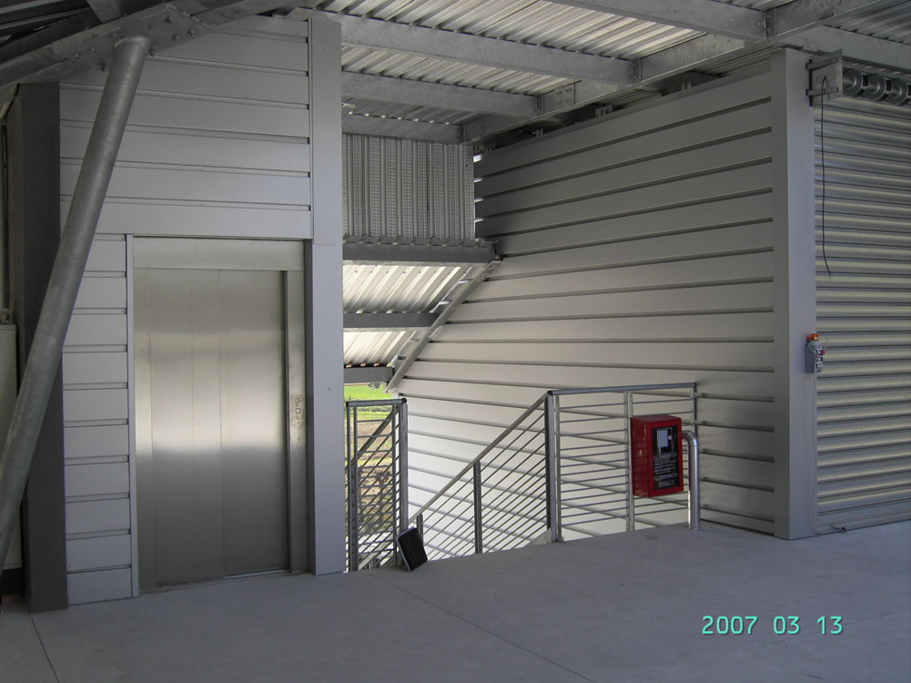 http://progecostrutture.com/wp-content/uploads/2016/07/vano_ascensore_2.jpg