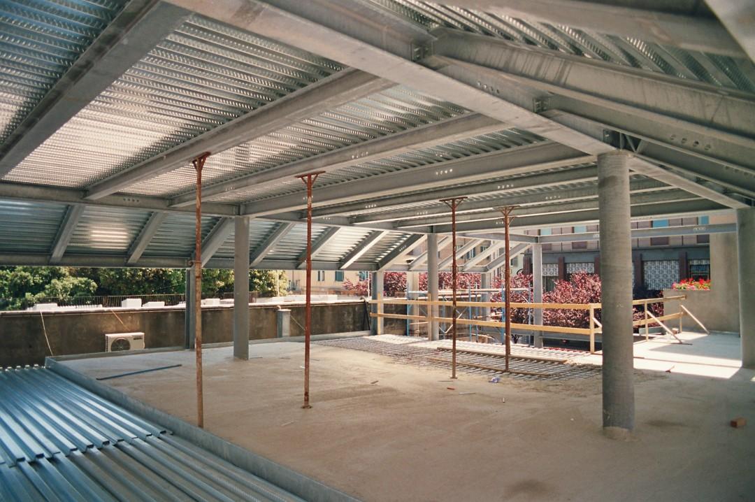http://progecostrutture.com/wp-content/uploads/2019/10/12-solai-strutture-commerciali.jpg